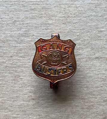 1930's Phillips H. Lord's GANG BUSTERS radio premium pinback brass Belt badge