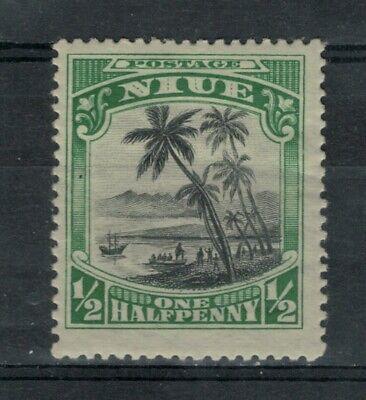Niue Scott 35 in MH Condition