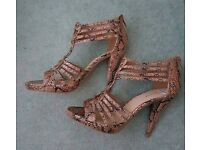 Brand New with tags, high heels, sandals size 39 from Deichman