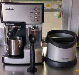 Sunbeam  EM5000 coffee machine + coffee grinds bin Paddington Brisbane North West Preview