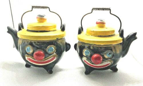 Vintage Thames Japan Hand Painted Clown Tea Pot Shaped Salt & Pepper Shaker Set