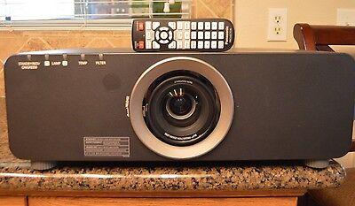 Panasonic Projector PT-DZ6700 WUXGA 1920 X 1200  6000 Lumen