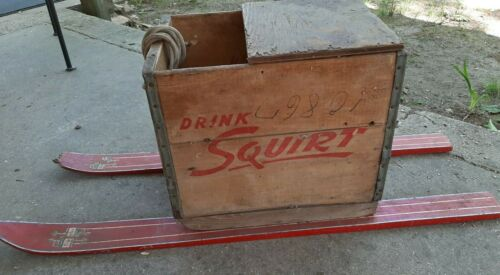 VINTAGE 1952 WOOD WOODEN SODA POP DRINK CRATE SQUIRT HOLDER BOX ICE FISHING SEAT