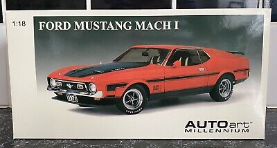 1/18 Scale AutoArt 1971 Ford Mustang Mach 1 Fastback