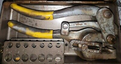 Roper Whitney No 5 Jr Hand Punch Hole Punch Dies. One Die Has A Chip. Usa