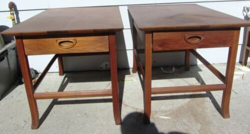 EXCEPTIONAL PAIR DESIGNER MID CENTURY MODERN END TABLES NIGHTSTANDS 1960S