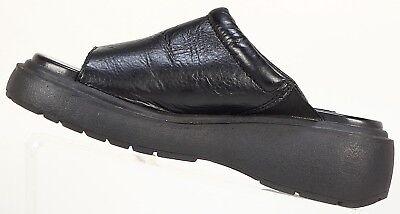 Womens LA Gear slip on open toe flat sandals Black womens size US7 EUR 38 retro for sale  San Pedro