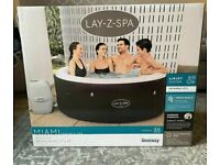 Lay z spa miami 2-4 person