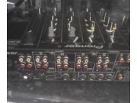 PIONEER DJM 800 MIXER in good working condintion