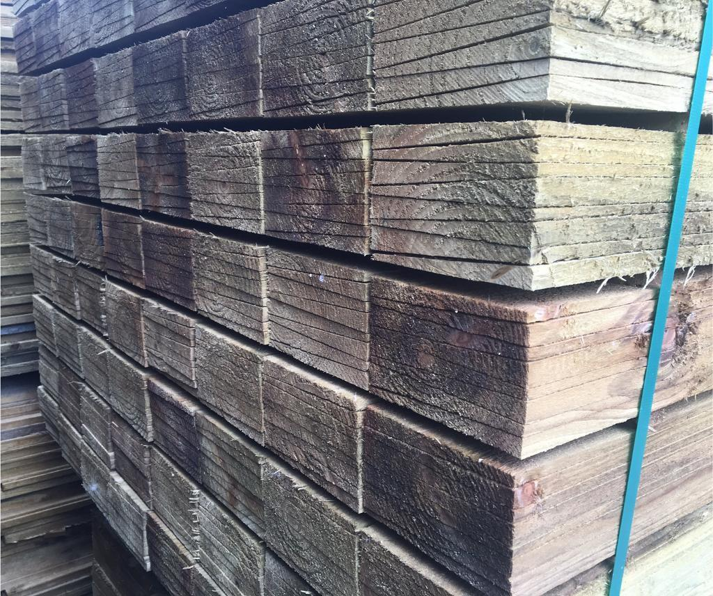 🌳FEATHER EDGE PRESSURE TREATED WOODEN FENCING PANELS / PIECES / BOARDS ~ VARIOUS SIZES 🌲