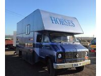 Dodge 6.5t Horsebox with hydraulic ramp
