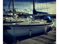 Moody 33 yacht boat liveaboard blue water cruiser