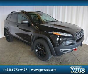 2015 Jeep Cherokee TRAILHAWK/LEATHER/NAV/PANO ROOF/CAMERA/NEW TI