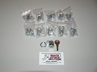 Vendstar 3000 157 (10) Top Lid Locks & (1) Key - / Free Ship