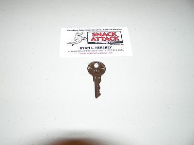 Vendstar 3000 Top Lid Door Key 157 - New Oem Free Ship