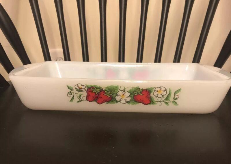 Rare! Vintage Jeanette Glasbake Casserole Dish J 2024 1.5 Qt. Strawberry Pattern