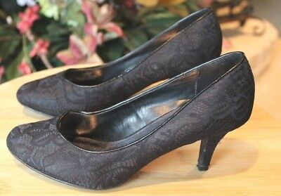 Fabulaire Women's Black Lace Pump Size 8, used for sale  Keller