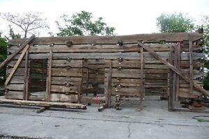 REDUCED-Antique-Reclaimed-Log-Cabin-Pre-Civil-War-Hand-Hewn-Oak-Beams-30-X-18
