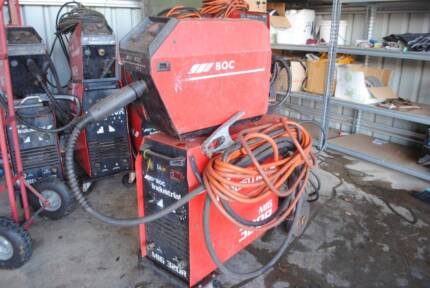 BOC Industrial 320R Mig Welder