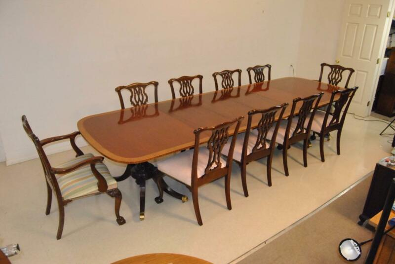 FINE BAKER FURNITURE DINING ROOM SET COLLECTORS EDITION WITH 10 CHAIRS 12