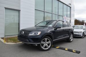 2017 Volkswagen Touareg Execline DRIVE ASSIST*GPS*SUNROOF*0.9%