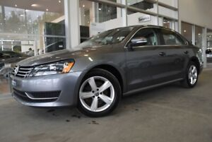 2015 Volkswagen Passat Comfortline SUNROOF*LEATHER*MAGS*0.9%