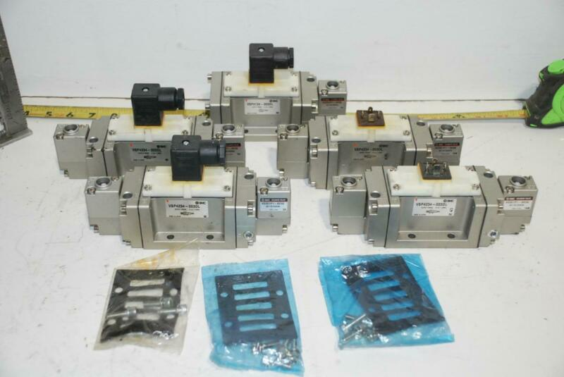 Qty of 5 - SMC Pneumatic Air Directional Control Valve VSP4230-003DL - 110V