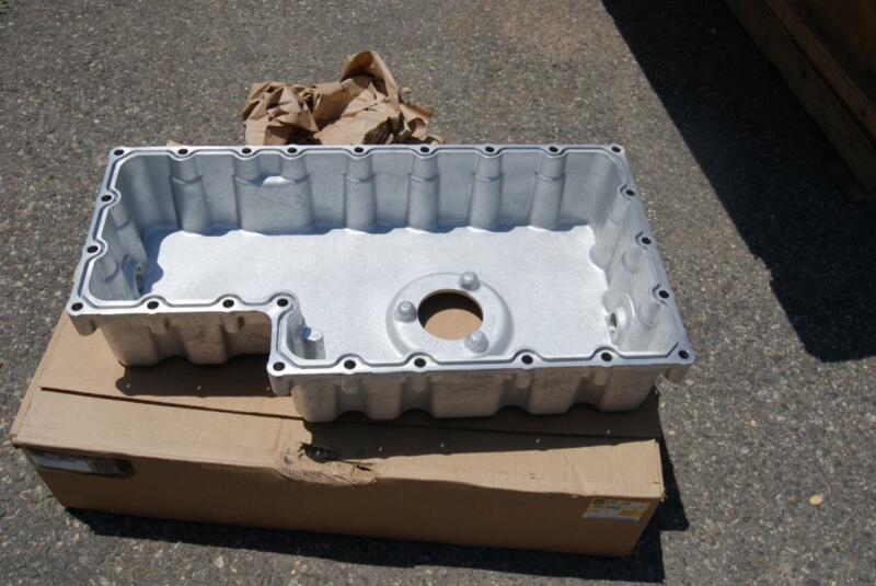 CATERPILLAR OIL PAN 305-8956 NEW IN BOX