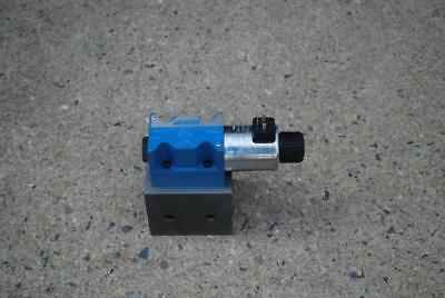 Vickers Dg4v 5obljmuh620 Hydraulic Solenoid Operated Directional Control Valve
