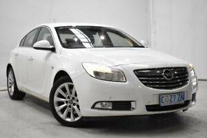 2012 Opel Insignia IN Select Sports Tourer White 6 Speed Sports Automatic Wagon
