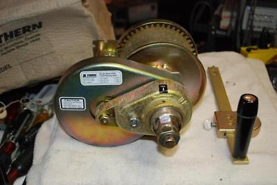 Thern Hand Winch M4312PB Spur Gear,w/Brake,2000 lb