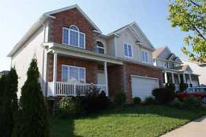 Execitive Home off Larry Uteck - NEAR SHOPS, SCHOOLS & HIGHWAY