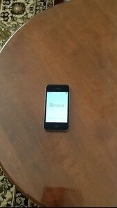 Near new iPhone 4s 32GB ONO Mirrabooka Stirling Area Preview