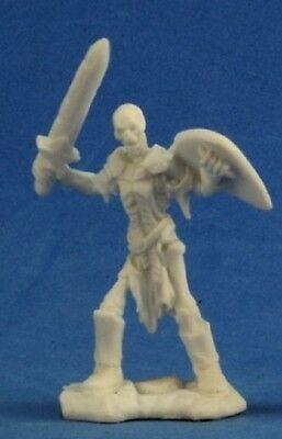Reaper Bones 77240 Skeleton Guardian Sword - Bones Skeleton
