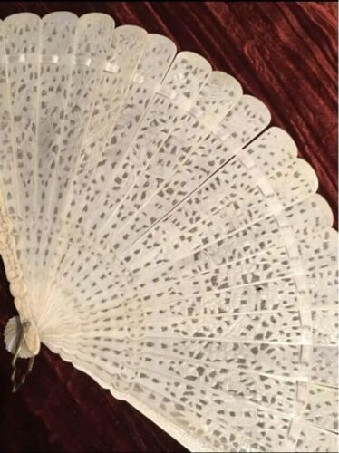 Eventail ancien chinois canton brise / chinese antique fan canton