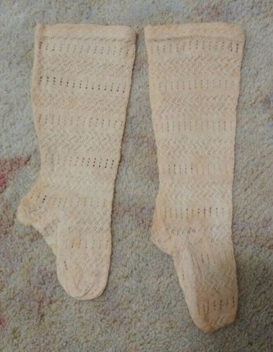 ANTIQUE VICTORIAN HANDKNIT INFANT BABY SOCKS