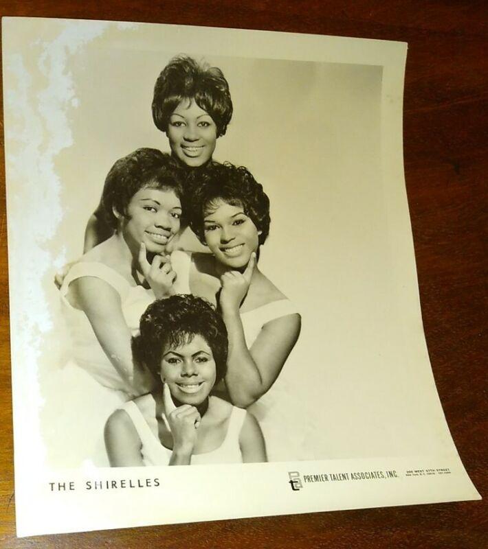 """The Shirelles Original 8"""" x 10"""" 1960"""
