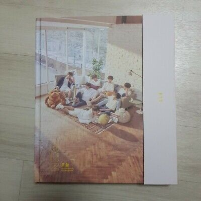 BTS 2018 Exhibition Photo Book(280p) Official Goods