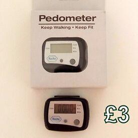 Roche Pedometer - £3 - New, Boxed