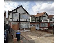 4 bed 2 receptions detached house to rent in Wembley - Hollycroft Avenue