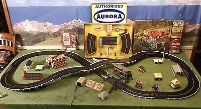 MIB NOS Super Aurora MoDEL MoToRING & O Gauge T Jet Race Track Slot Car (2) Set