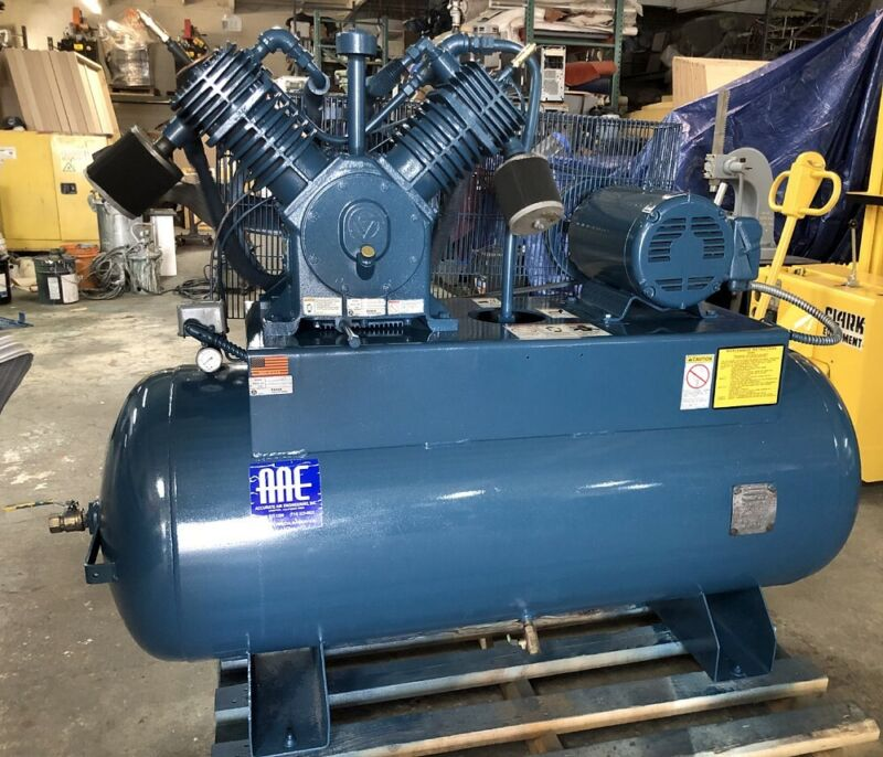 NICE! QUINCY 120gal HORIZONTAL AIR COMPRESSOR - 15HP