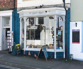 Superb Established Gift Shop in Faringdon Town Centre