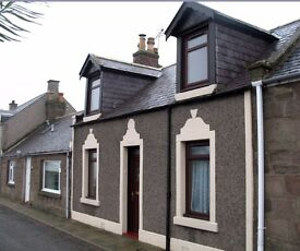 Johnshaven Cottage, 3 Bedrooms, Comfortable and Spacious, Superb Sea Views, 25 miles from Aberdeen