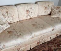 Cottage style, fluoral, couch set