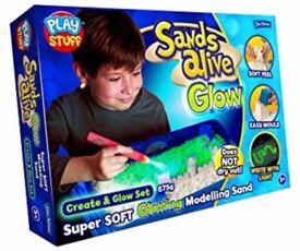 Sands Alive Glow in the Dark Create Glow Set - Rrp £ 25