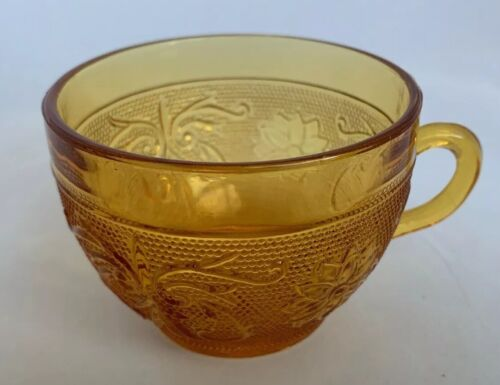 Vintage Indiana Sandwich Daisy Glass Coffee Cup- Amber - $2.99