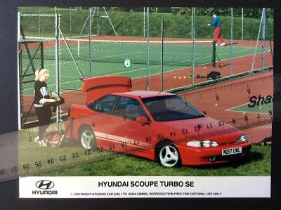 HYUNDAI S COUPE 1994 COLOUR PRESS PHOTOGRAPHS 1994 x 2 PHOTOS