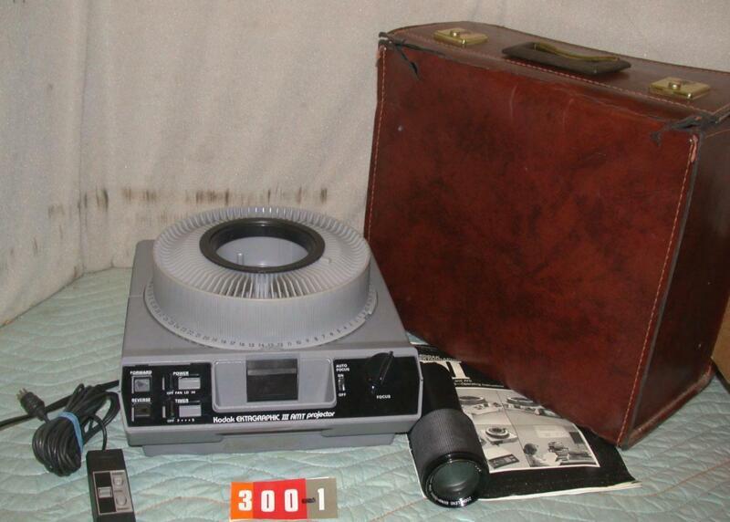 #2 Kodak Ektagraphic III AMT carousel slide projector & case + rimote + manual