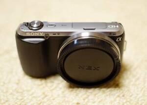 Sony NEX-C3 Mirrorless Camera